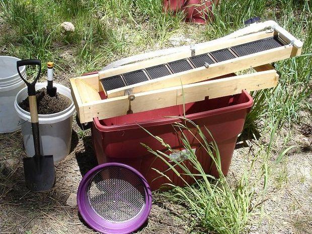 Comment fabriquer un sluice pour chercheur d 39 or - Faire un tamis maison ...